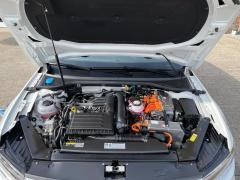 Volkswagen-Passat-81